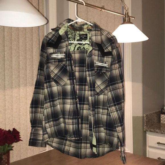 Other - skull plaid long sleeve shirt